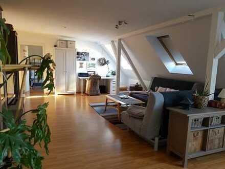 **gemütliche Dachgeschosswohnung im Süden von Leipzig!**
