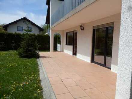 Stilvolle -Terrassenwohnung mit Süd-Garten 3,5-Zimmer in Ismaning