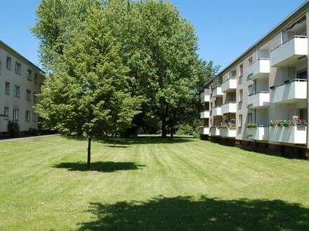 Helle, 2-Zimmerwohnung mit Balkon in Duisburg-Marxloh