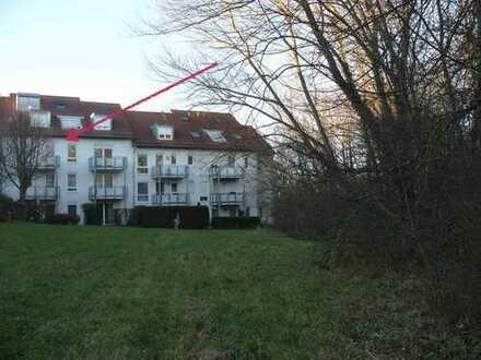 73230 Kirchheim unter Teck: Helle 2-Zi-Whg. / ruhige naturnahe Lage / Balkon / TG-Stpl.