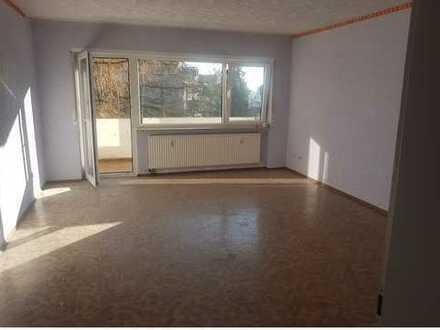 Attraktive 3-Zimmer-Wohnung mit Balkon in Oftersheim