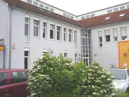 Helle, attraktive 3- Zi.-Studio-Wohnung: Vörstetten b. Freiburg