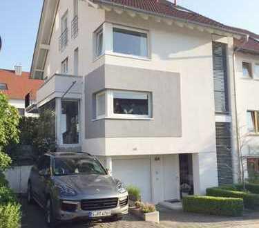 Schöne Doppelhaushälfte in bevorzugter Wohnlage zu vermieten