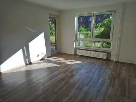 Erstbezug nach Sanierung: freundliche 2-Zimmer Wohnung mit Garten in Niendorf, Hamburg