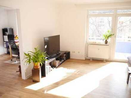 Zimmer in 2er WG ab dem 01.01.2019 frei/room in shared apartment