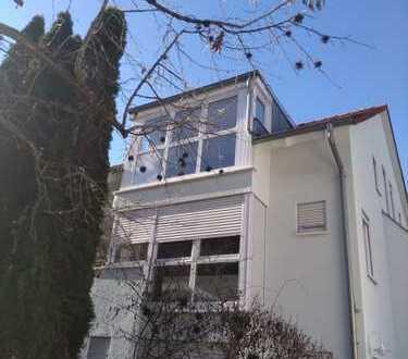 Lichtdurchflutete 3-Zimmer-Dachgeschosswohnung in Rottenburg (Kernstadt)