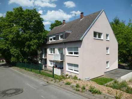 Helle und frisch renovierte 2,5 Raum-Wohnung in Bochum-WAT