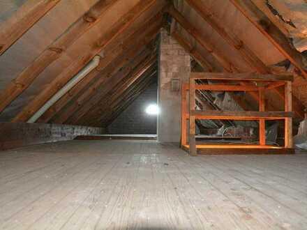 Zimmer 18 qm² mit Balkon 9 qm² im 1. Stock in frei stehendem Haus in ruhiger Lage nähe Jacobs-Univer