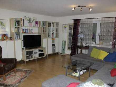 Sonnendurchflutete geräumige 5-Zimmer-Wohnung mit Süd-Balkon und toller Einbauküche in Hiltrup-West