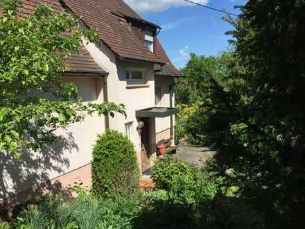 Schönes Haus mit sieben Zimmern in Ludwigsburg (Kreis), Ludwigsburg
