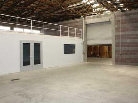 Gewerbehalle mit Werkstattanteil und großer Außenfläche in Bodenwöhr