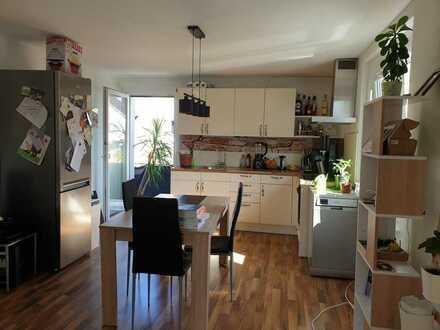 Schöne zwei Zimmer Wohnung in Kirchzarten