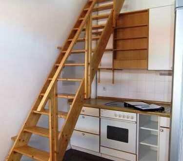Schnuckelige 1 Zimmer DG-Whg. auf 2 Ebenen mit EBK