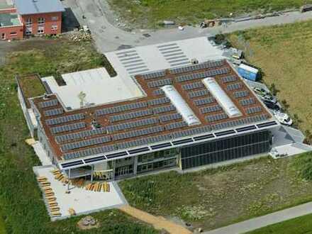 .. Büro und Halle im Sonnen-Zentrum von Rottenburg-Oberndorf...