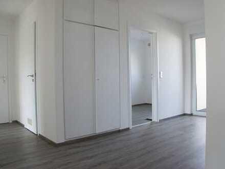 Trossingen: Bezugsfreie 4,5- Zi- Wohnung mit Stellplatz, 2 Balkone + Keller