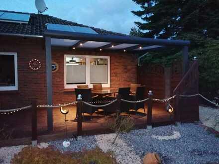 2 WG Zimmer,mit schönem Bad u Küche 380 Euro All Inclusive (warm )