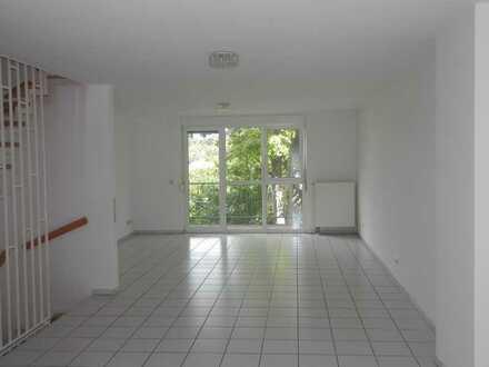 Gepflegtes 5-Zimmer-Reihenhaus mit Einbauküche in Hohenecken, Kaiserslautern