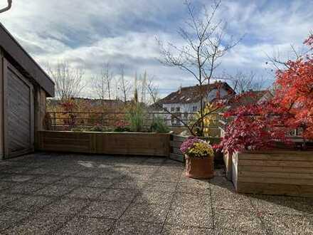 KNIPFER IMMOBILIEN - 31 m² Dachterrasse - Traumhaft schöne Maisonette-Wohnung im Schmutterpark!