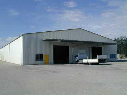 bis zu 1.800 m² Lagerhalle in im Gewerbegebiet Bayreuth Aichig zu vermieten