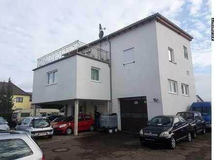 Wohnen & arbeiten unter einem Dach: Einfamilienhaus mit Gewerbe im Mischgebiet in Bruchsal