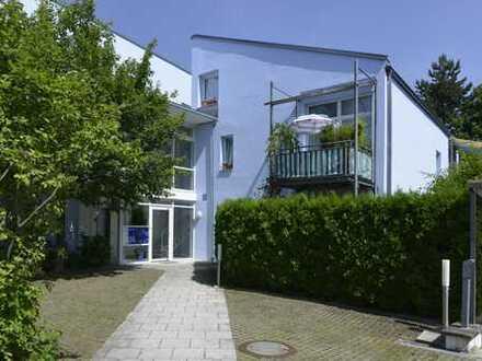 TOP-1-Zimmer-Wohnung mit sonnigem SW-Privatgarten uneinsehbar in ruhiger Lage in Forstenried/Solln