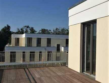ERSTBEZUG NEUBAU Kladow, Dachgeschoss mit großer Terrasse 4 Zimmer 108m², 4. OG, Fahrstuhl, EBK,