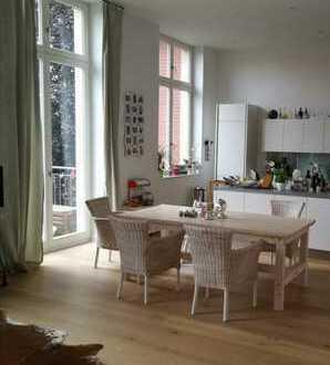 Park-Quartier, sanierte Altbau-Wohnung - neuwertig