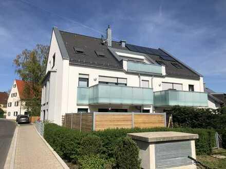 Exklusive, neuwertige 3,5-Zimmer-Erdgeschosswohnung mit Garten und Einbauküche in Uttenreuth