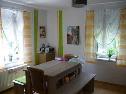 Schöne zwei Zimmer Wohnung in Vogtlandkreis, Lengenfeld