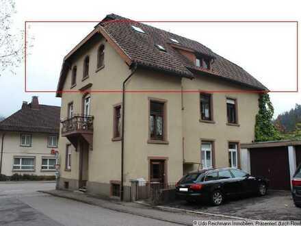 Provisionsfrei! Dachgeschosswohnung mit Garage - zentral in Schönau