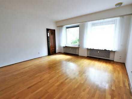 Behagliche Wohnung in charmanter Stadt-Villa am Aachener Wald