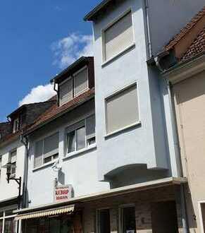 4-Zimmer-Maisonette im Stadtzentrum, mit Dachterrasse und Garage