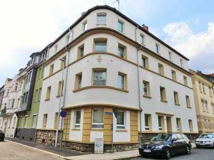 geniale Single-Dachgeschoss-Wohnung mit Balkon in der Eisenacher Weststadt