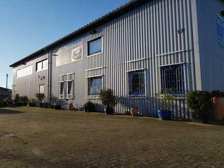 Porsche Oldtimer Restaurations Werkstatt, mit Grundstück und Wohnung