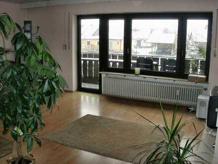 Wohnung als Büro oder Privatwohnung nutzbar (Parkplätze vorhanden)