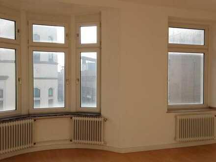 3 Zimmer Altbau Wohnung