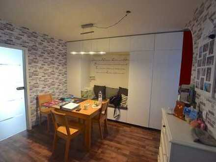 Gepflegte 4-Zimmer-Wohnung mit Balkon in Wiesbaden-Auringen
