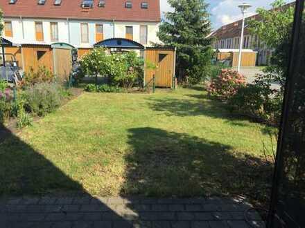 Schönes Haus in ruhiger Lage mit fünf Zimmern in Berlin, Baumschulenweg (Treptow)