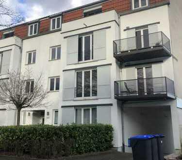 Moderne 2 ZKB Wohnung mit Garagenplatz
