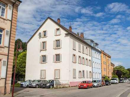 Mehrfamilienhaus in Breisach - mit Ausbaupotential!