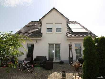 Ihr Traumhaus... Ohne Baustress!!! in Halle-Büschdorf mit Doppelgarage zu verkaufen...