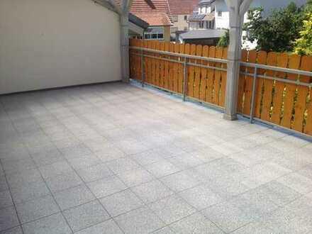 Gepflegte 5-Zimmer-Wohnung mit Balkon und Einbauküche in Hechingen