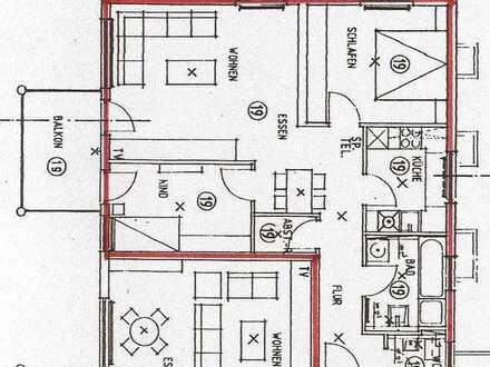 Vollständig renovierte Erdgeschosswohnung mit drei Zimmern sowie Balkon und Einbauküche in Nagold