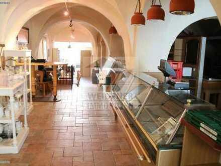 Historisches Ladenlokal direkt am Geraer Markt mit hoher Passantenfrequenz!