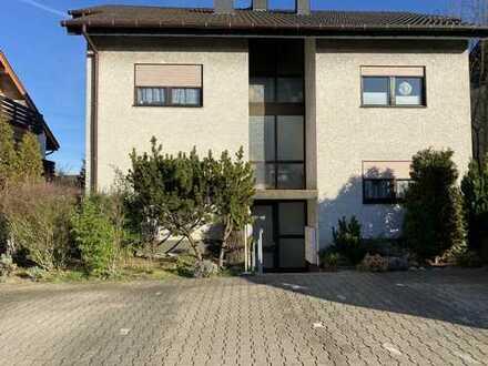 Sie können die Wohnung sofort nutzen! 3-Zimmer-Erdgeschosswohnung mit Balkon und Einbauküche