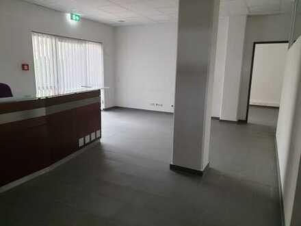 Moderne Büro-/Praxis- oder Einzelhandelsfläche