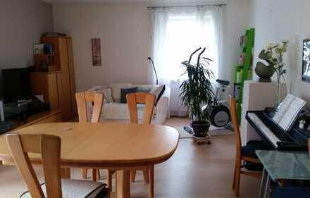 Schöne, ruhige drei Zimmer Wohnung in Landau in der Pfalz, Godramstein mit Gartennutzung