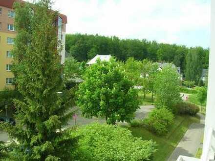 ruhig gelegen mit Süd-West-Balkon und Aufzug