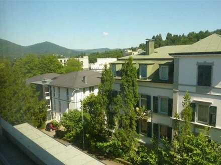 Ab September: Komplett möbl. Apartment mit Loggia in Baden-Baden nahe SWR inkl. Strom, Wlan