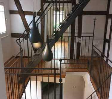 1.250 €, 160 m², 4 Zimmer